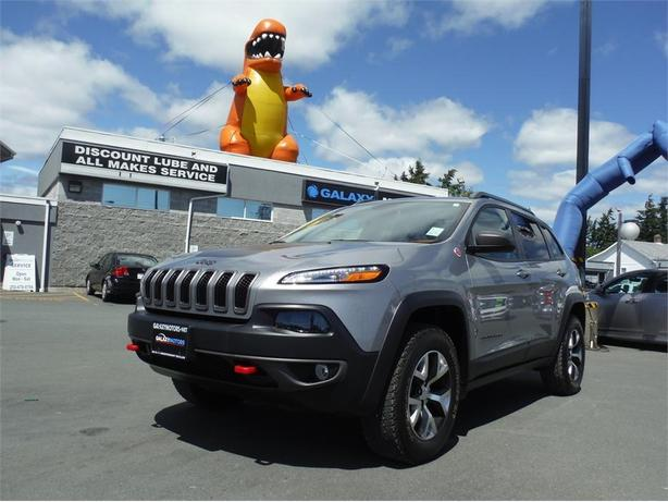 2015 Jeep Cherokee Trailhawk - 4WD, Bluetooth, Navigation