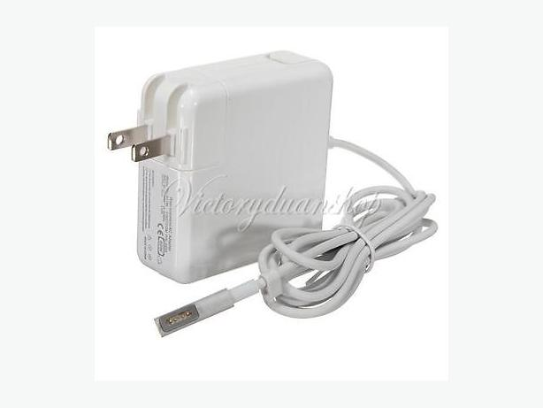 ****NEW charger for Macbook PRO**