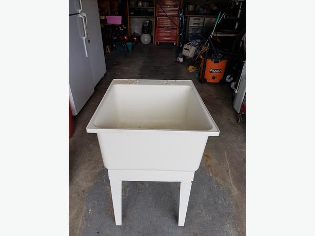 laundry tub  sink