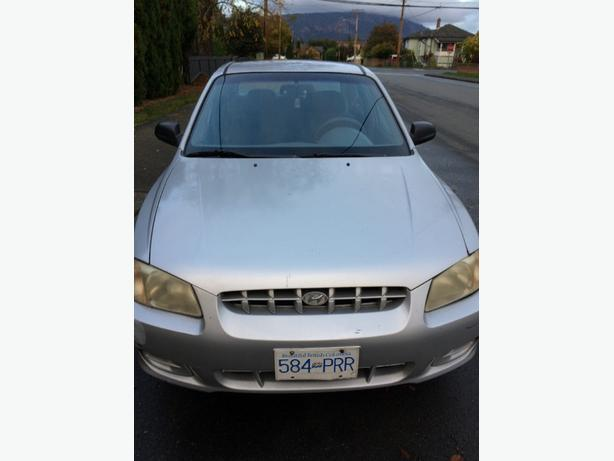 2002 hyunday accent/ $800