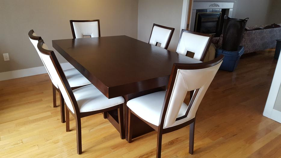 Antonio Extendable Dining table with 6 Hillcrest Side  : 55823189934 from www.usedvictoria.com size 934 x 525 jpeg 53kB