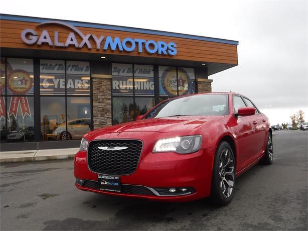 2016 Chrysler 300 300S - RWD, Leather Interior, Navigation