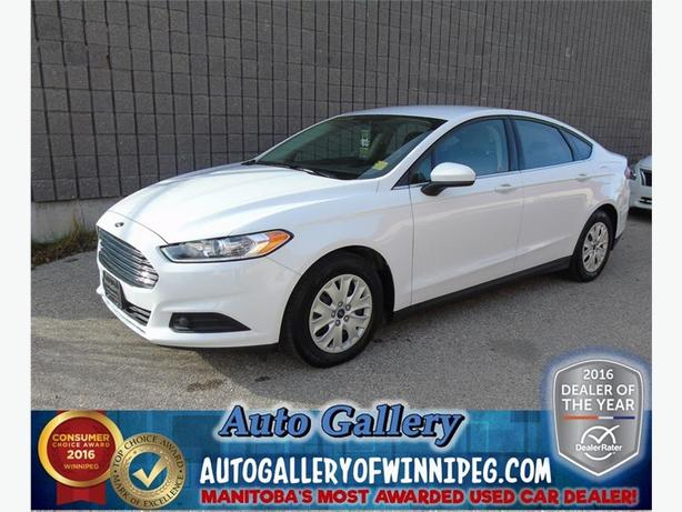 2014 Ford Fusion S*Only 5, 677 kms!