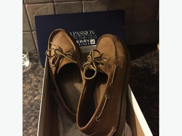 mens Sperry Topsider deck shoes