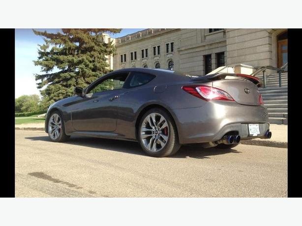 2013 hyundai genesis coupe rspec east regina regina. Black Bedroom Furniture Sets. Home Design Ideas