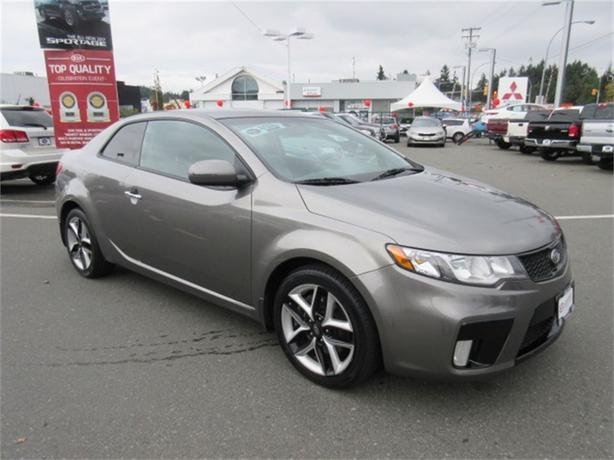 2011 Kia Forte Koup SX Sporty and Fun w Navigation