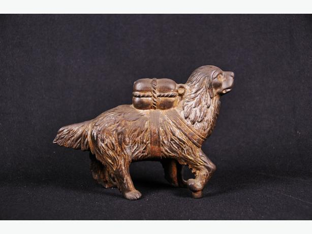 Beautiful Large Antique Cast Iron Dog Coin Bank