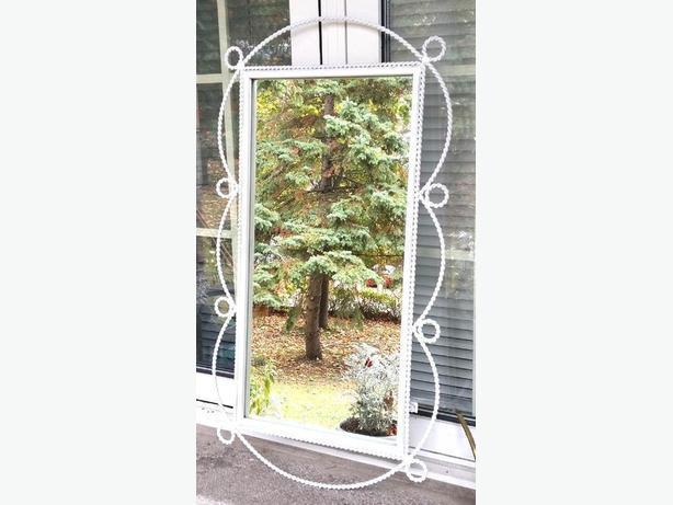 Mirror Twisted Iron White---H8Z1W9---
