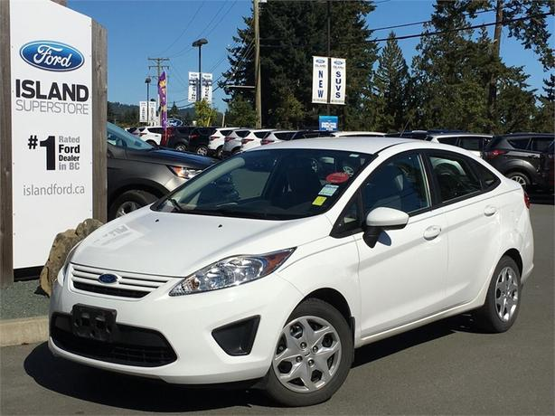2012 Ford Fiesta S, Manual