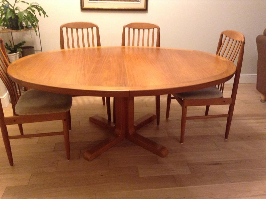 Large teak dining table Victoria City Victoria : 55853518934 from www.usedvictoria.com size 934 x 697 jpeg 71kB