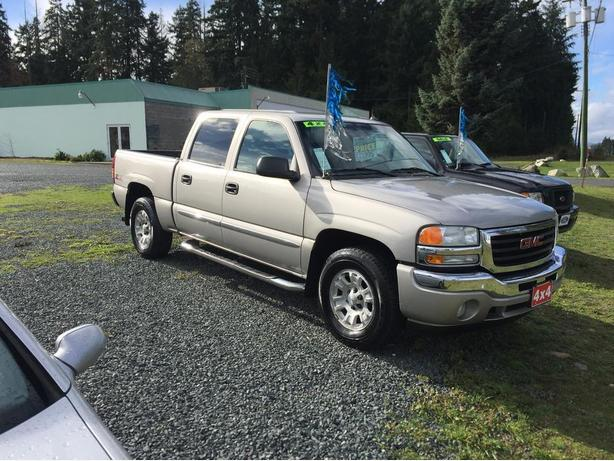on sale today 2005 gmc sierra 1500 4x4 crew cab slt z71 off road outside cowichan valley. Black Bedroom Furniture Sets. Home Design Ideas
