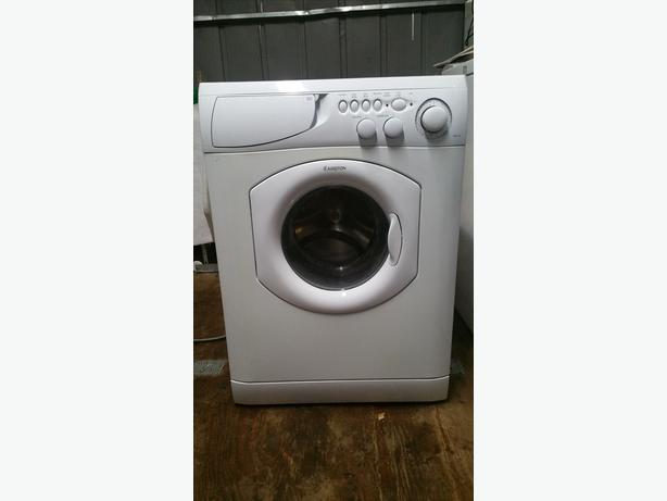 24 wide apartment sized ariston front load washer saanich