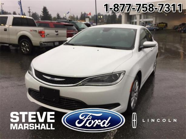 2015 Chrysler 200 LX - Near New