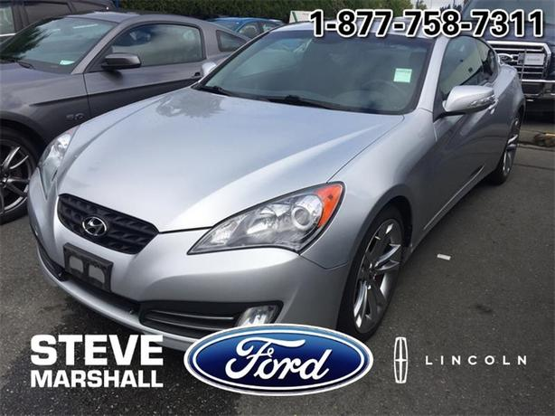 2010 Hyundai Genesis Coupe 2dr V6 - Sporty Appeal!