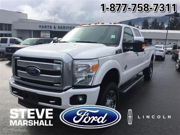 2015 Ford F-350 Super Duty SRW Platinum - Only 8,600kms