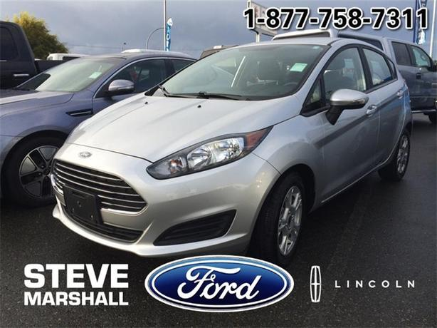 2015 Ford Fiesta SE - LOW KMS