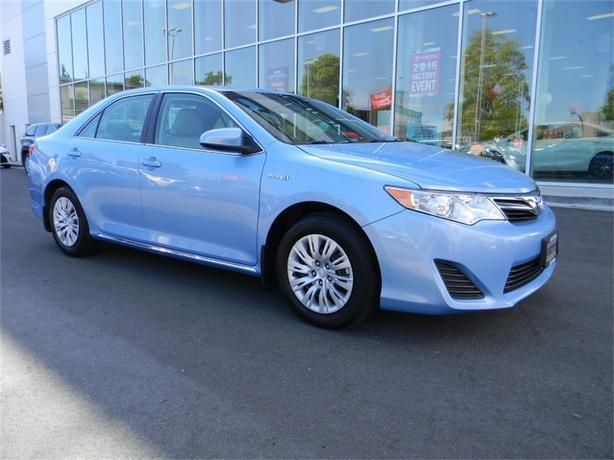 2012 Toyota Camry Hybrid LE ONE OWNER LOCAL VICTORIA