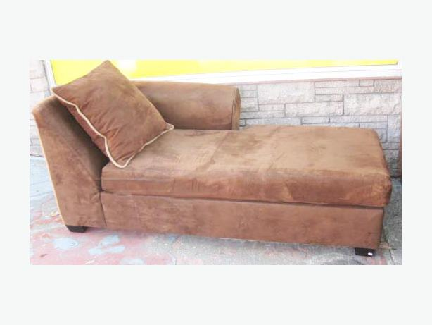 Chaise lounge sofa in chocolate brown microfiber saanich for Brown microfiber chaise lounge