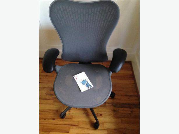 Herman miller mirra 2 desk chair 900 obo victoria city victoria - Herman miller montreal ...