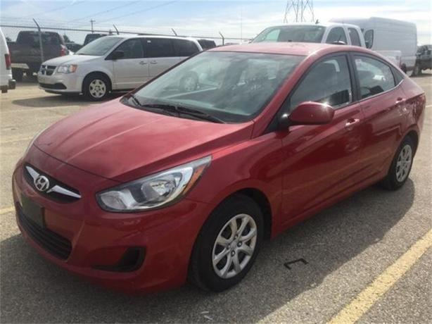 2012 Hyundai Accent L *Low kms!