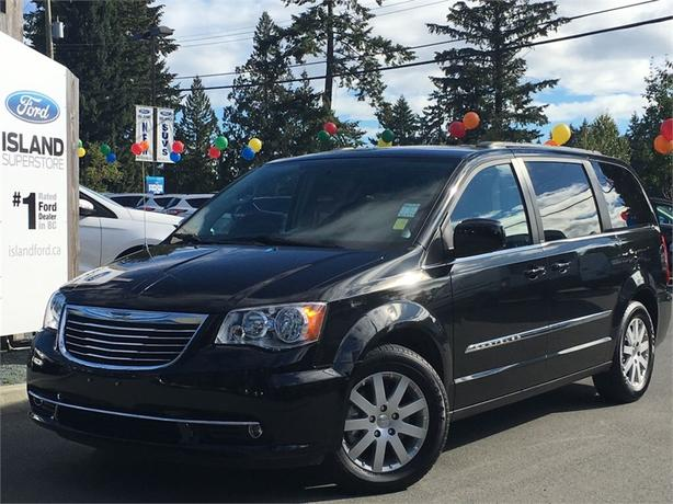 2014 Chrysler Town & Country Touring, Power Doors