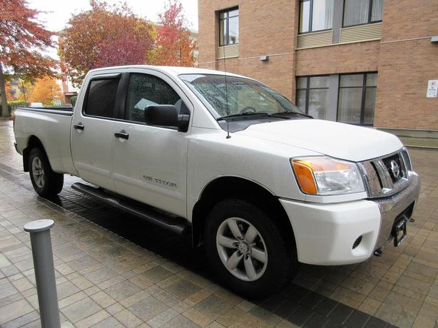 2008 nissan titan se crew cab 4x4 on sale no accidents victoria city victoria mobile. Black Bedroom Furniture Sets. Home Design Ideas