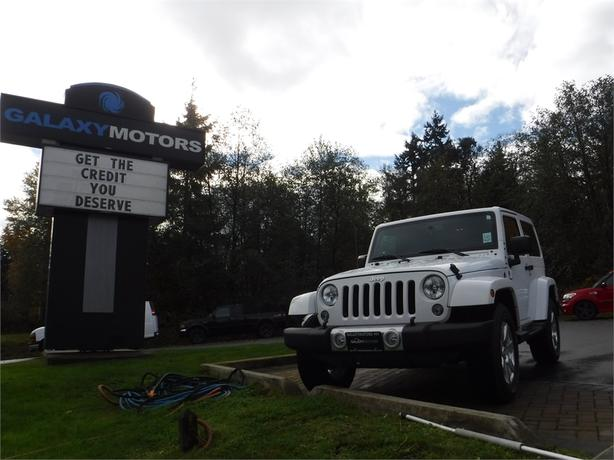 2015 Jeep Wrangler Sahara - 4WD, Navigation, Satellite Radio