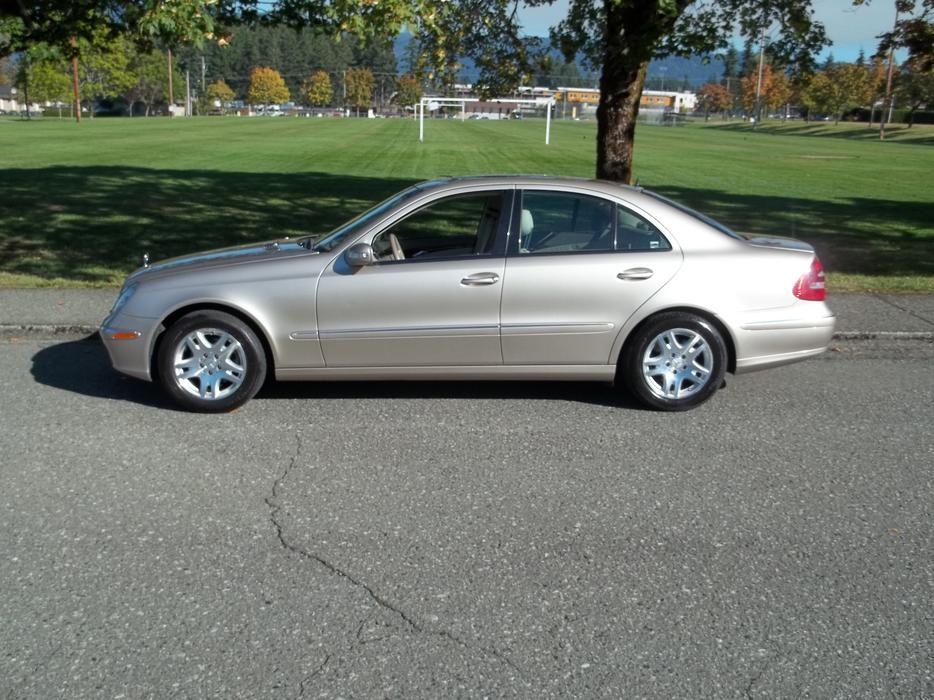 2003 mercedes benz e320 call hart at 250 724 3221 outside for Mercedes benz nanaimo