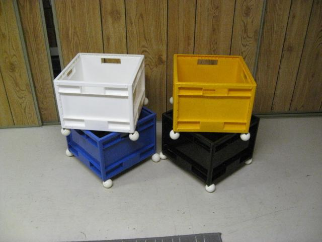 ikea 4 plastic storage bins with casters for toys. Black Bedroom Furniture Sets. Home Design Ideas