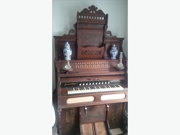 Antique Pump Organ, Restored and working condition