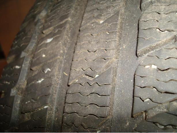 KUMHO 245/45R18 Winter tire Price drop Nov.15