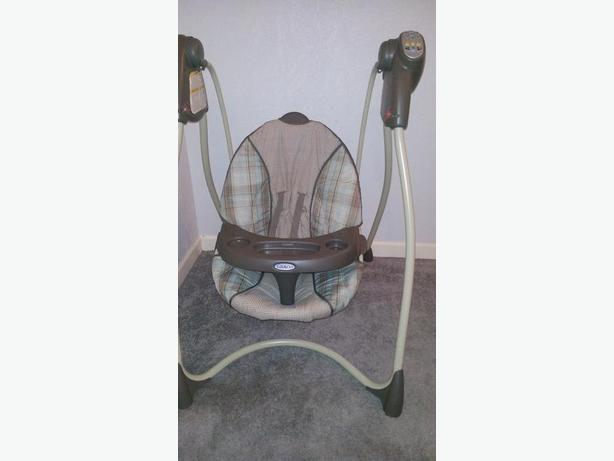 Graco Baby Lovin Hug Infant Swing Victoria City, Victoria