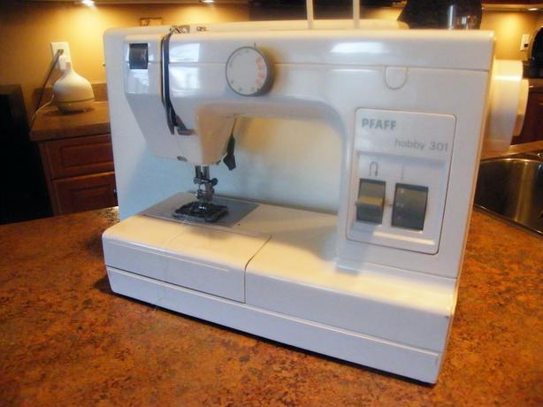 PFAFF Model Hobby 40 Sewing Machine East Regina Regina Best Sewing Machine Rental Calgary