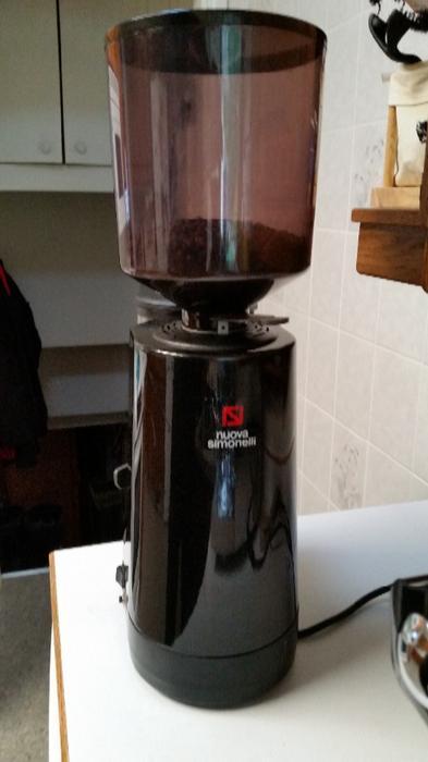 nuova simonelli mdx espresso grinder victoria city victoria. Black Bedroom Furniture Sets. Home Design Ideas