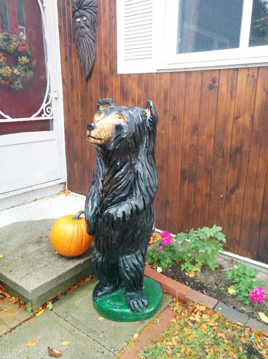 Chainsaw carved black bear aylmer sector quebec ottawa
