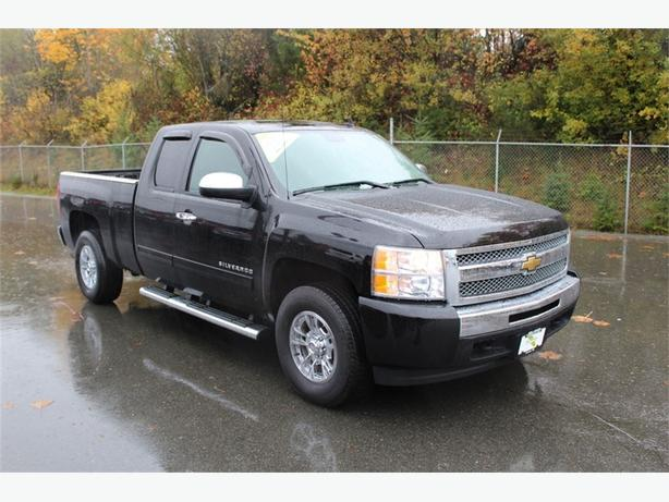 2011 Chevrolet Silverado 1500 LT | 1 OWNER | BLUETOOTH | TOW PKG