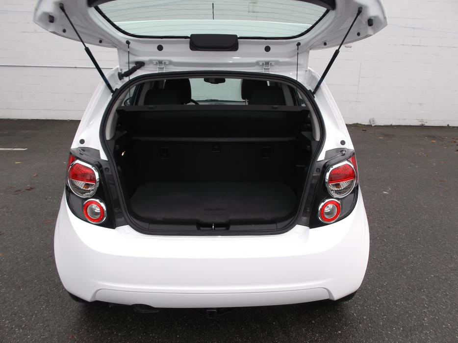 2014 chevy sonic hatch lt for sale outside metro vancouver vancouver mobile. Black Bedroom Furniture Sets. Home Design Ideas