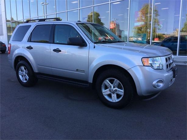 2009 Ford Escape Hybrid NO ACCIDENTS LOCAL B.C. ONE OWNER