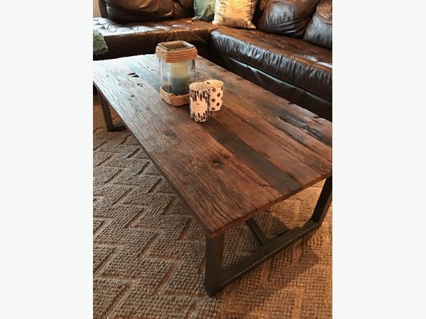 Urban barn coffee table end table saanich victoria for Coffee tables urban barn