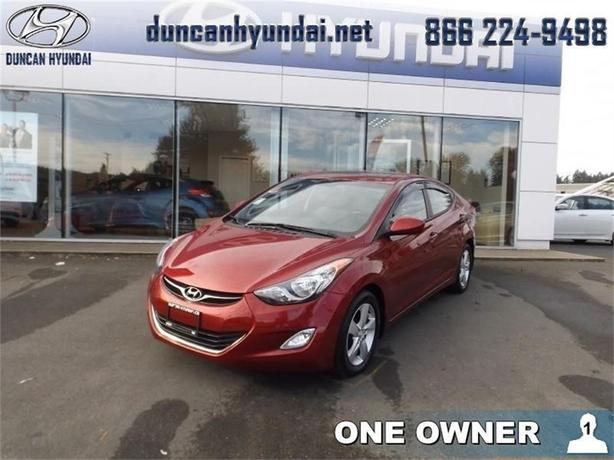 2012 Hyundai Elantra GLS    Sunroof, Heated Seats
