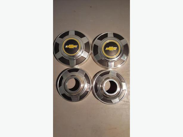 73-87 Chevy 4x4 Dog Dish HUBCAPS