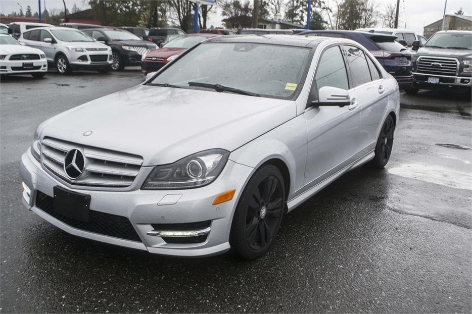 2012 mercedes benz c class c300 4matic leather bluetooth outside nanaimo nanaimo mobile. Black Bedroom Furniture Sets. Home Design Ideas