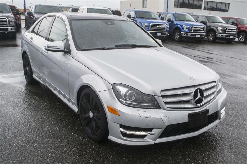 2012 mercedes benz c class c300 4matic leather bluetooth for Mercedes benz c300 4matic 2012