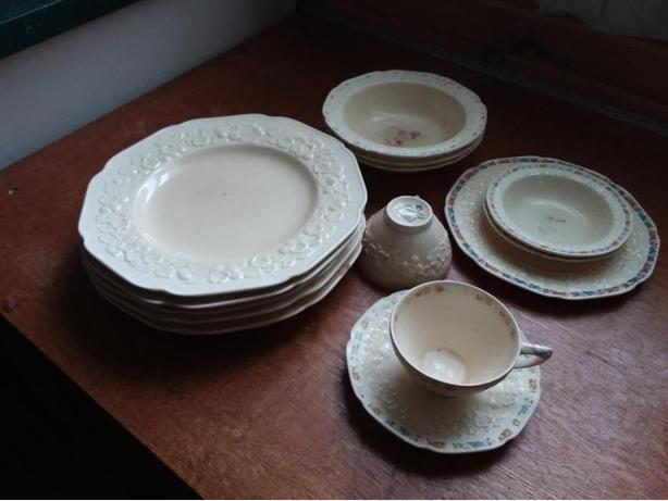 Crown Ducal Gainsborough dishes