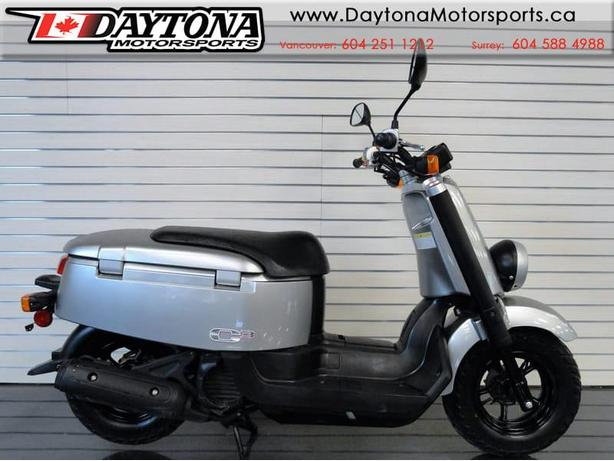 Sold 2007 Yamaha C3 Scooter No Motorcycle License Required