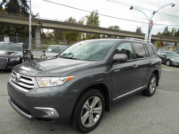 2011 Toyota Highlander Limited Nav & Roof