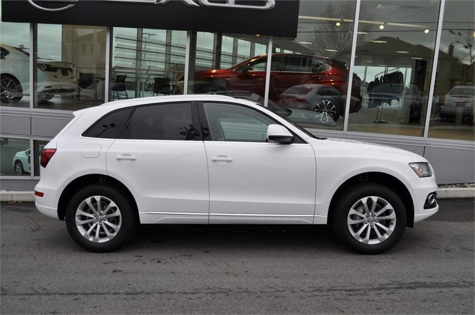 2014 Audi Q5 2 0 Komfort One Owner Local B C Victoria