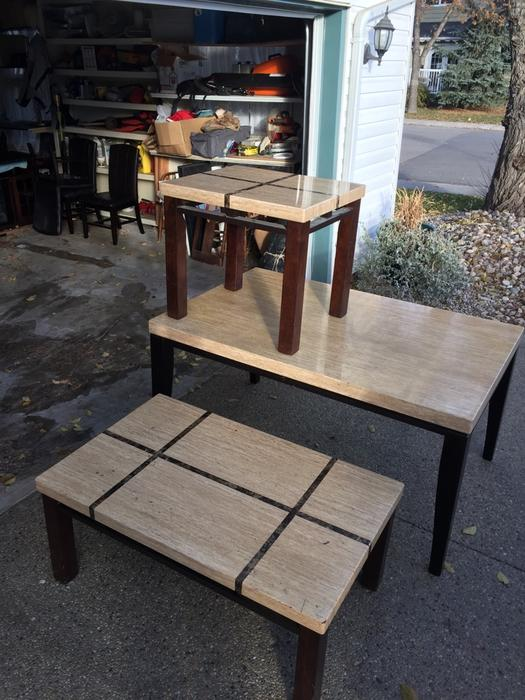Dining table end and coffee tables and 4 chairs south for Coffee tables london ontario