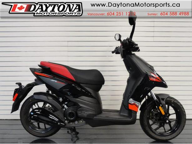 * SOLD * 2016 Aprilia SR50 Scooter * Sporty Fun *