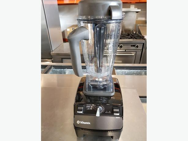 Kitchen Aid and Vitamix
